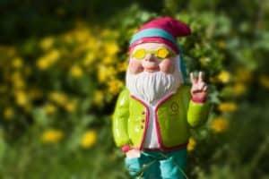 Figur im Garten